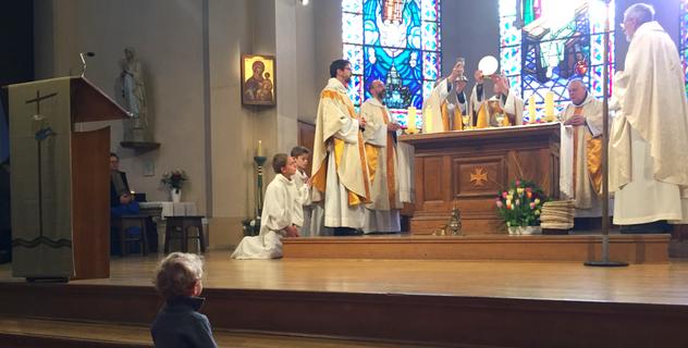 Frères de Saint-Jean en charge de la Paroisse Sainte-Cécile à Boulogne-Billancourt
