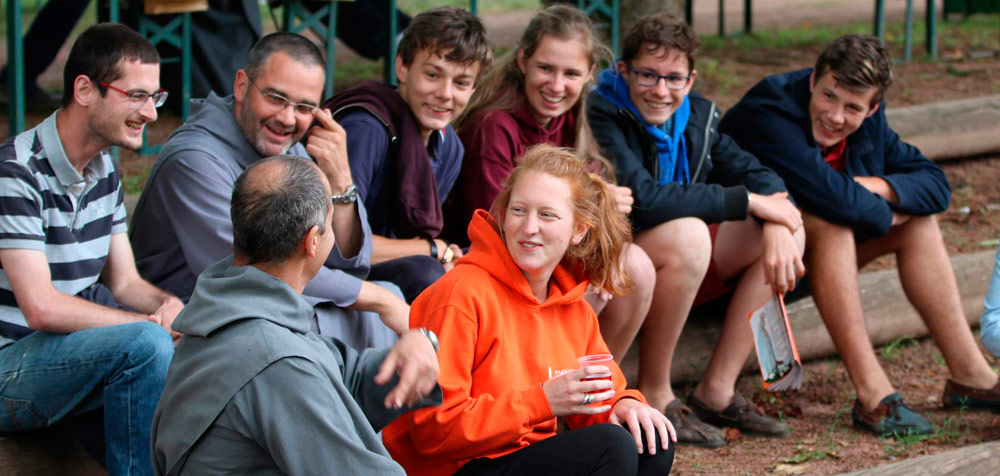 Propositions d'été pour les jeunes avec les Frères de Saint-Jean