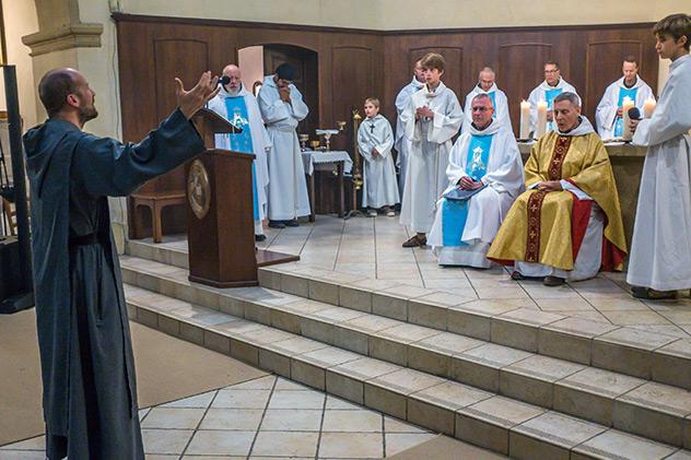 Profession perpétuelle de frère Jean-Stéphane chez les Frères de Saint-Jean