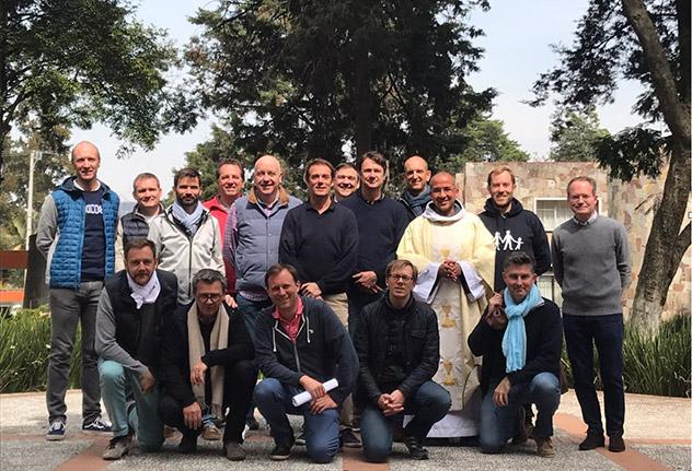 Frères de Saint-Jean à Mexico : retraites pour les hommes