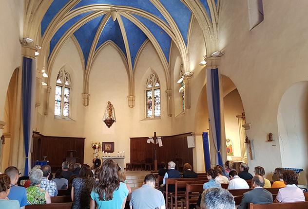 Une envoyée spéciale de La Croix passe 24 heures au Sanctuaire de Cotignac