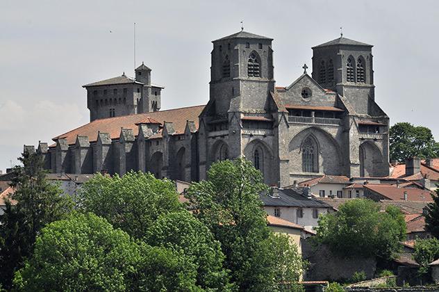 Abbaye de la Chaise-Dieu fondée par saint Robert